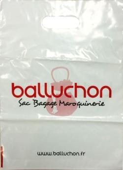 SAC-PLASTIQUE-POIGNEES-DECOUPEES-SIMPLES-BALLUCHON