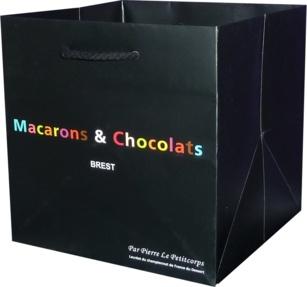 sac publicitaire luxe Macarons et chocolats pierre le petitcorps